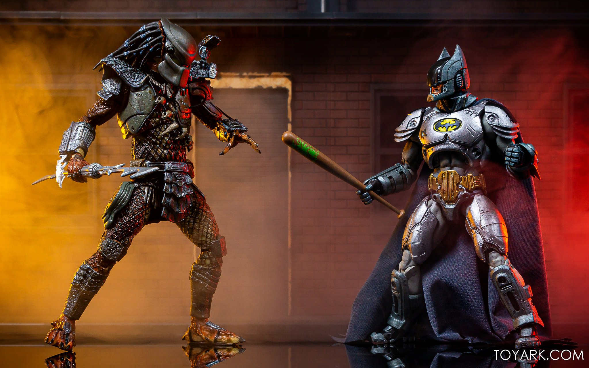https://news.toyark.com/wp-content/uploads/sites/4/2019/09/Batman-vs-Predator-Set-041.jpg