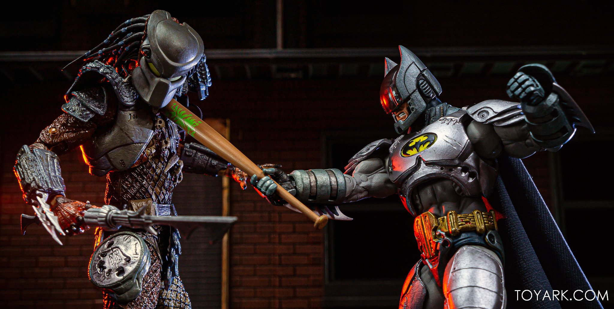 https://news.toyark.com/wp-content/uploads/sites/4/2019/09/Batman-vs-Predator-Set-043.jpg