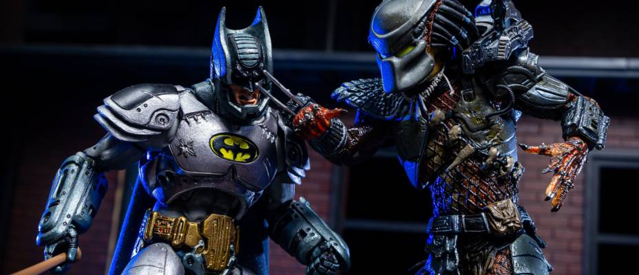 NECA Armored Batman vs Predator - Toyark Photo Shoot
