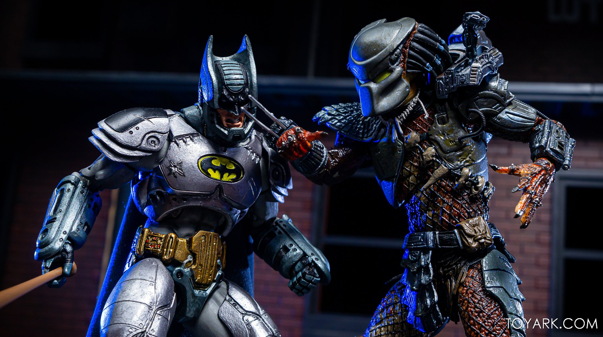 https://news.toyark.com/wp-content/uploads/sites/4/2019/09/Batman-vs-Predator-Set-046.jpg