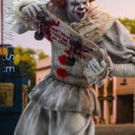 Hot Toys Pennywise 008