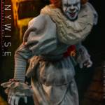 Hot Toys Pennywise 009
