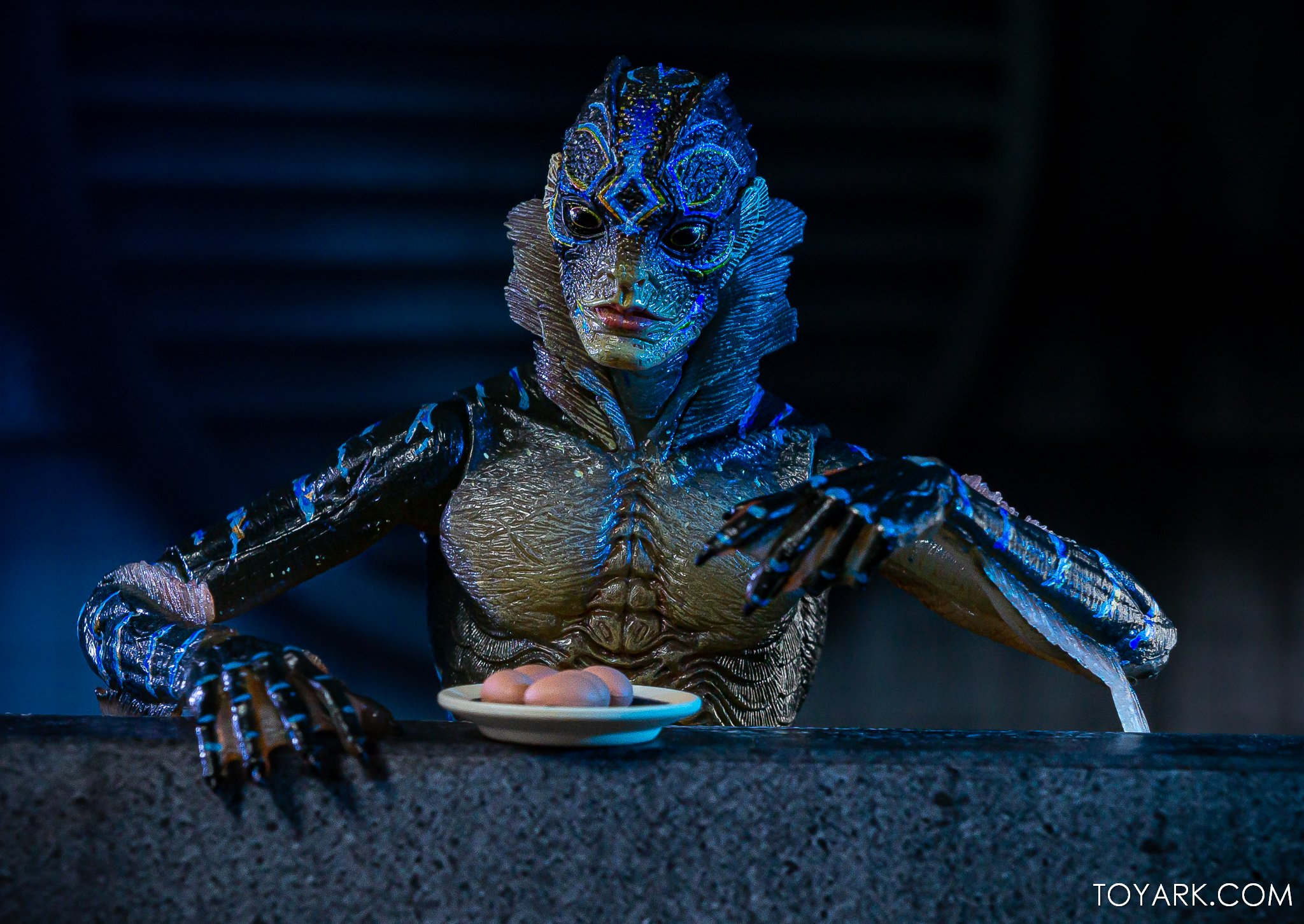 Shape of Water Amphibian Man NECA 039