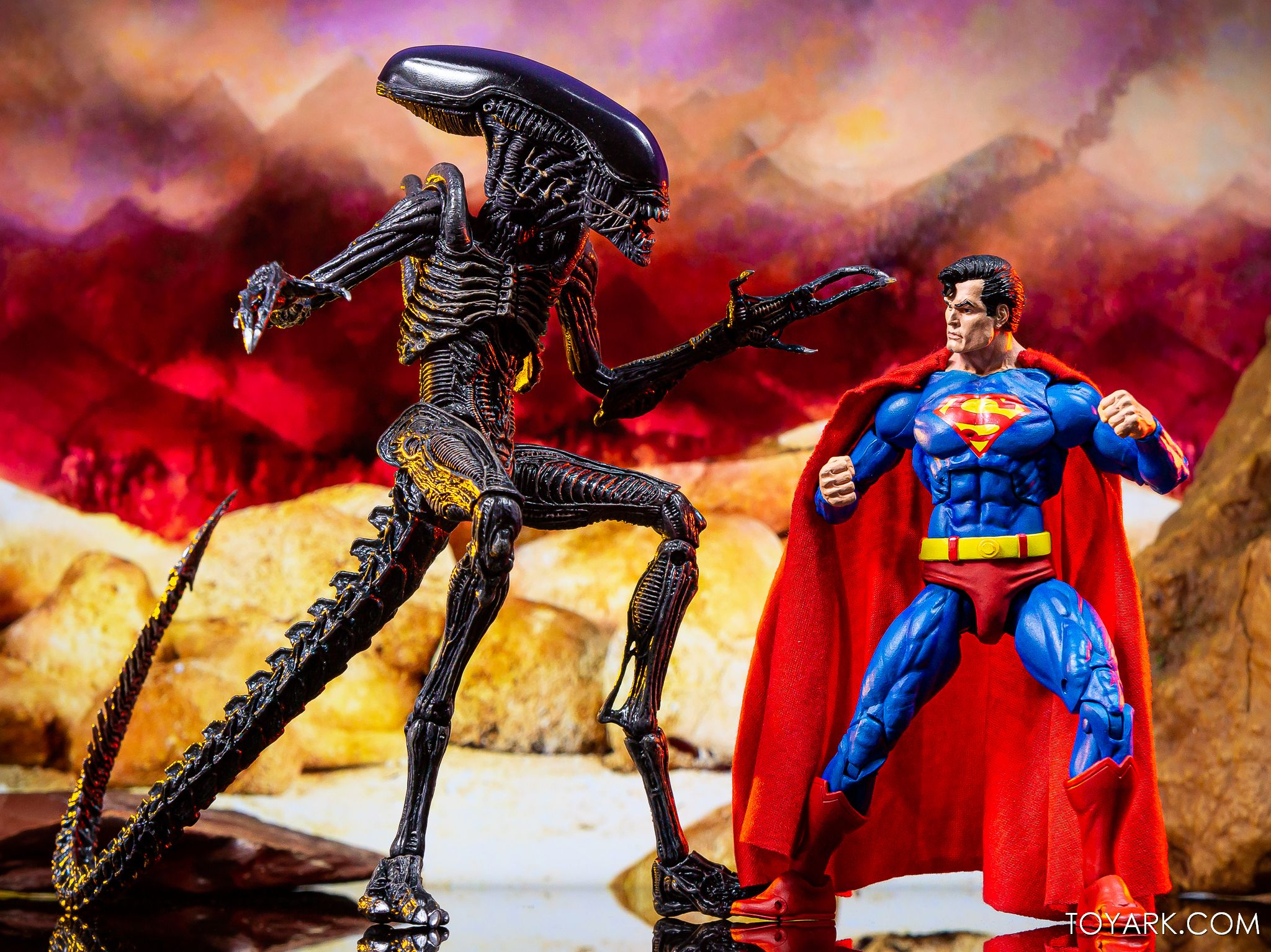 https://news.toyark.com/wp-content/uploads/sites/4/2019/09/Superman-vs-Alien-Set-047.jpg