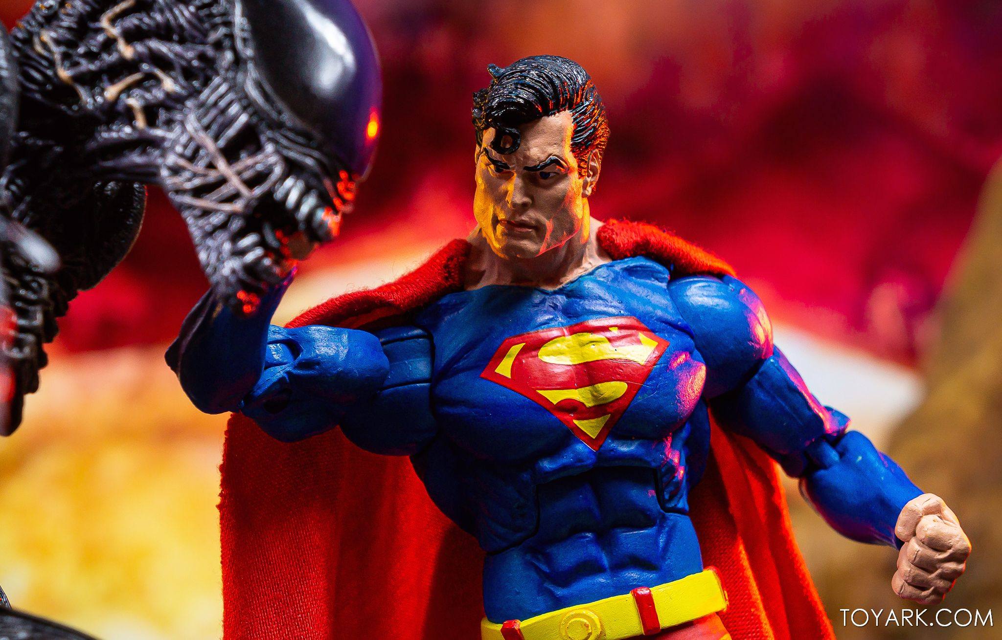 https://news.toyark.com/wp-content/uploads/sites/4/2019/09/Superman-vs-Alien-Set-048.jpg