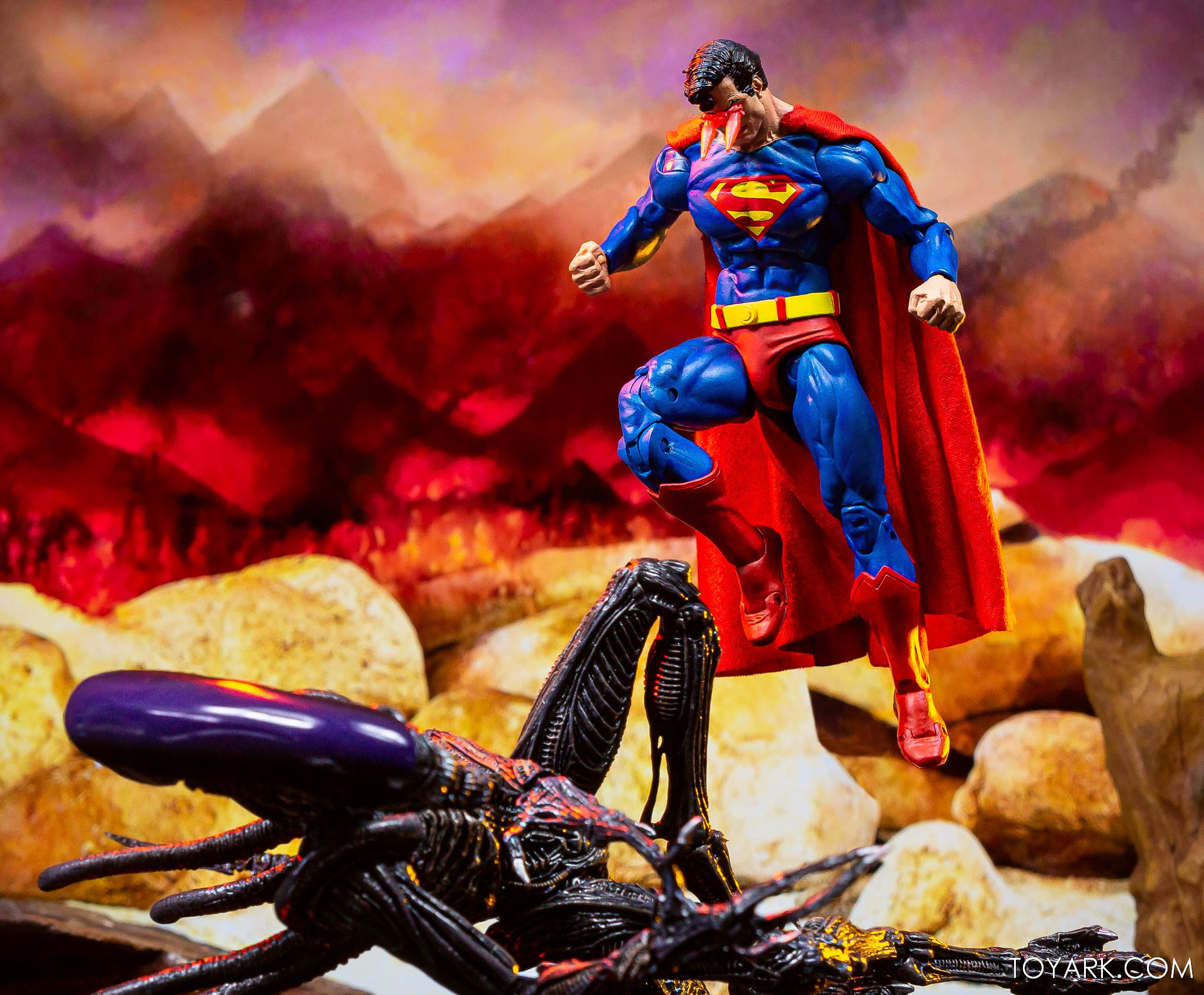 https://news.toyark.com/wp-content/uploads/sites/4/2019/09/Superman-vs-Alien-Set-053.jpg