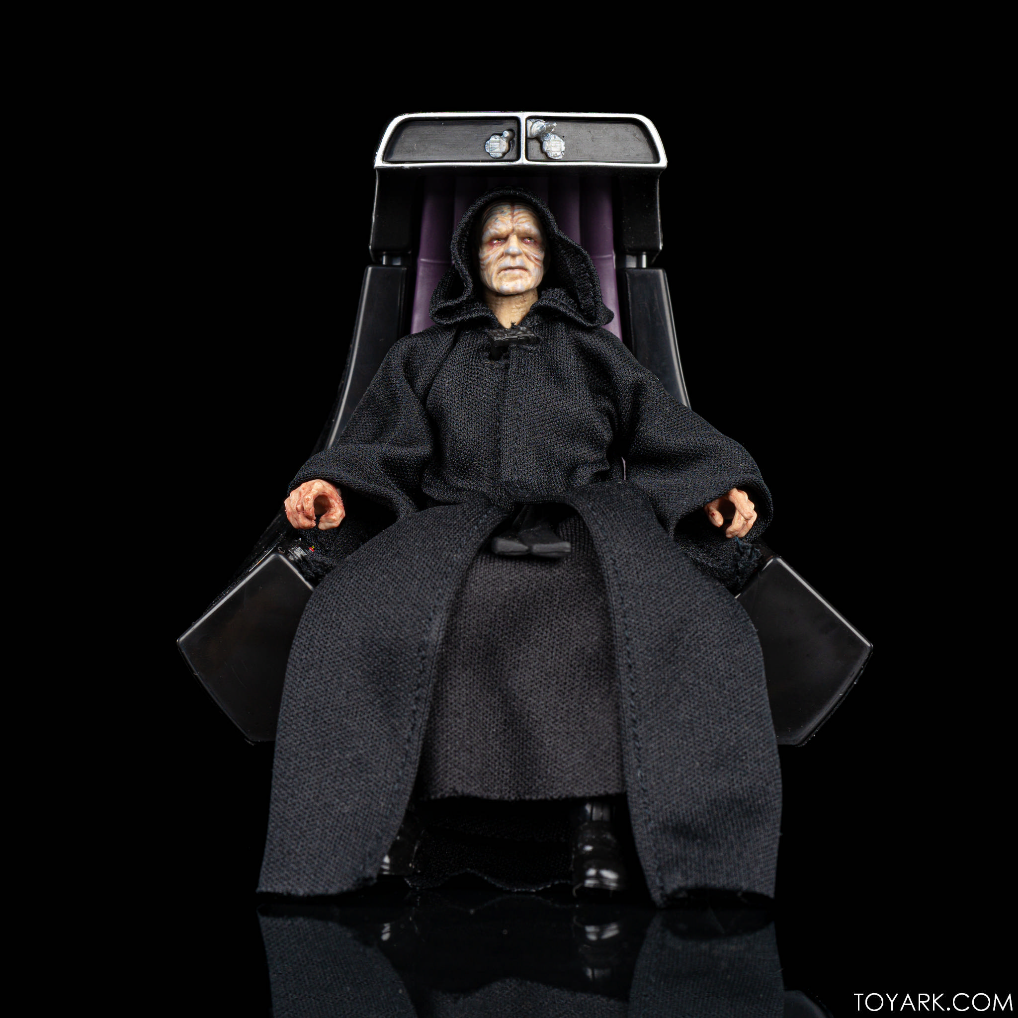 Black Series Palpatine Throne 01