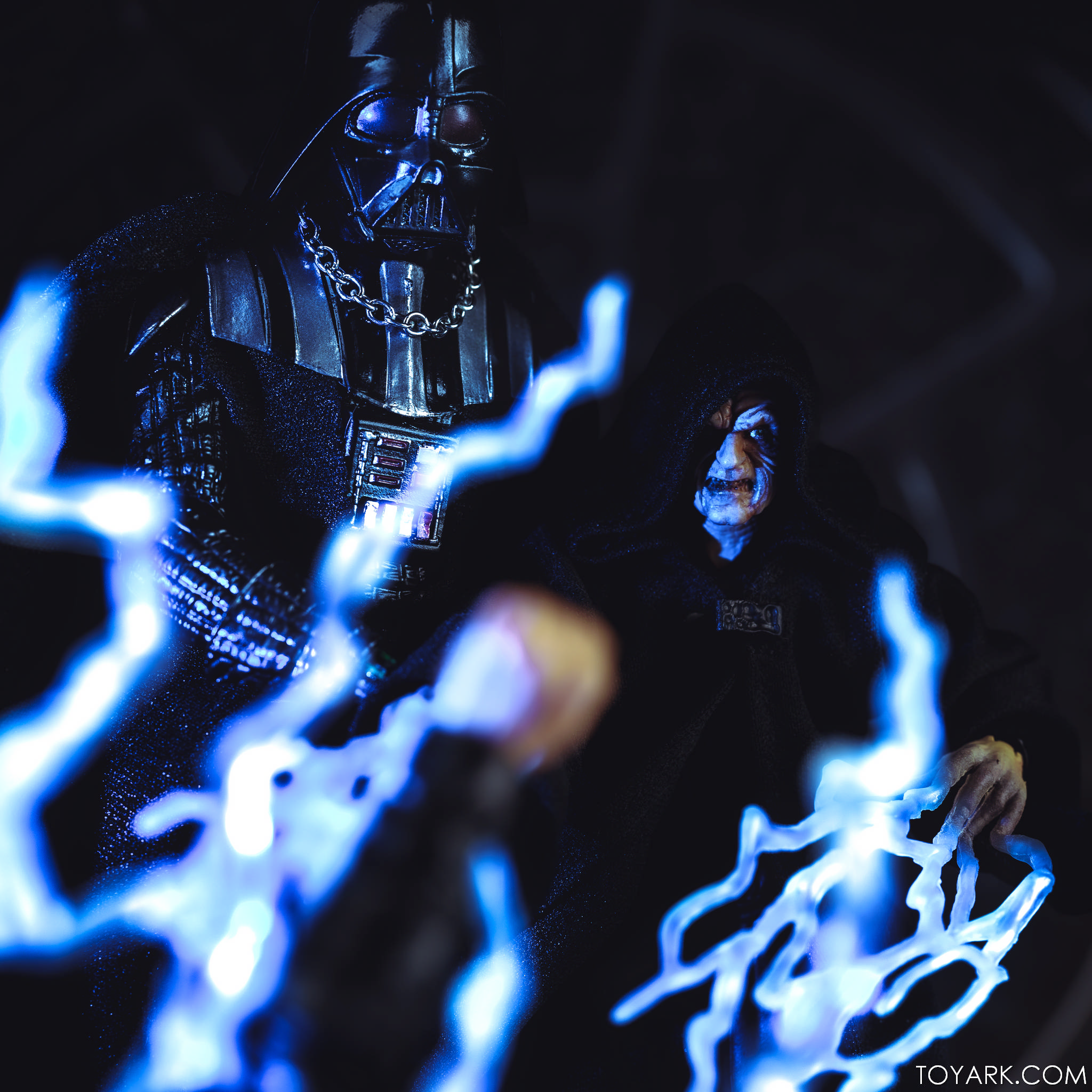 Black Series Palpatine Throne 40