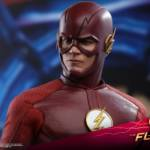 Hot Toys Flash TV 006