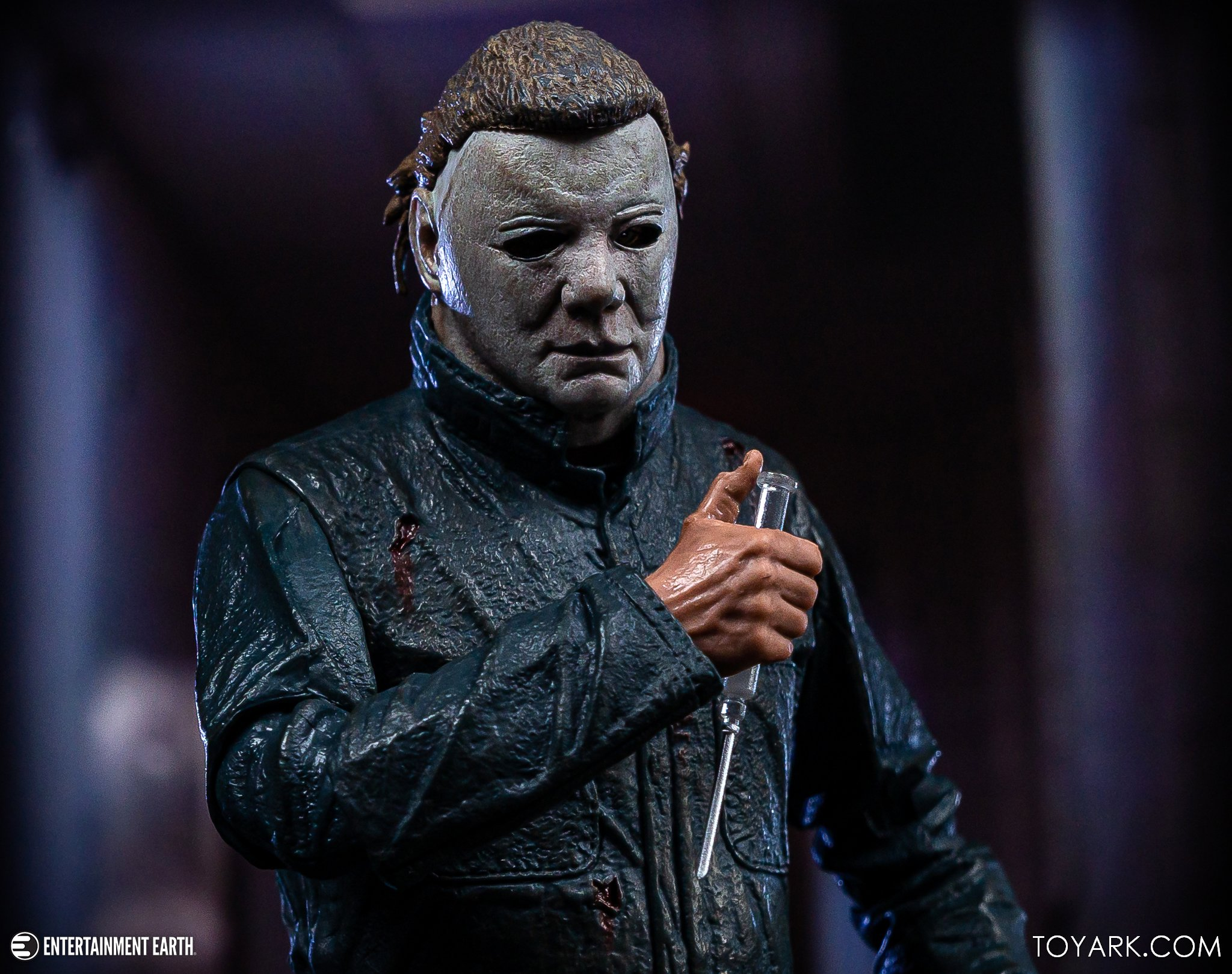 https://news.toyark.com/wp-content/uploads/sites/4/2019/10/NECA-Halloween-II-Michael-Myers-024.jpg