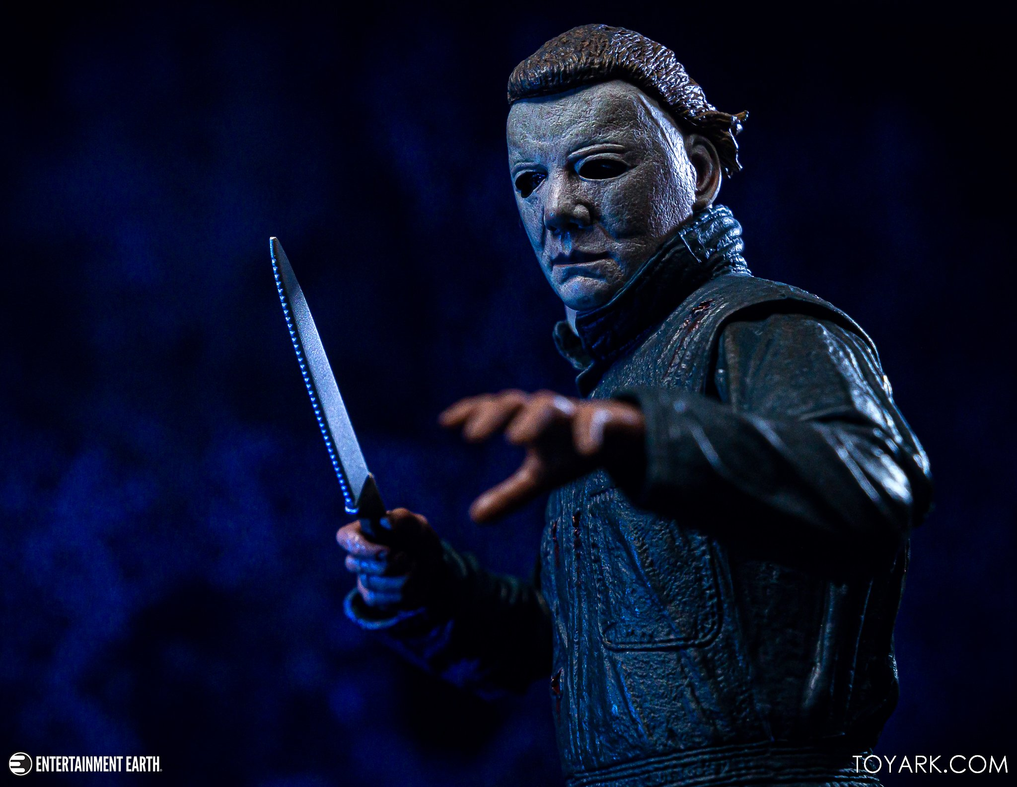 https://news.toyark.com/wp-content/uploads/sites/4/2019/10/NECA-Halloween-II-Michael-Myers-037.jpg