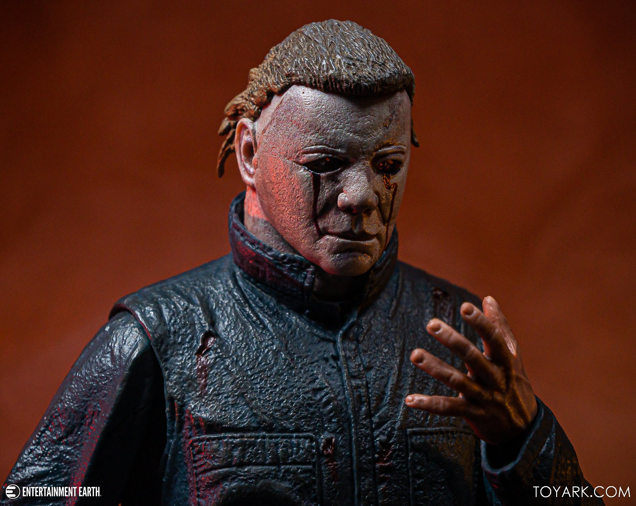 https://news.toyark.com/wp-content/uploads/sites/4/2019/10/NECA-Halloween-II-Michael-Myers-040.jpg