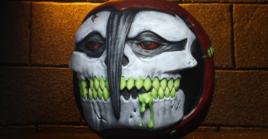 NECA Horrorballs The Fiend 006