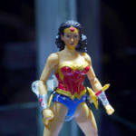 NYCC 2019 Mezco Wonder Woman 003