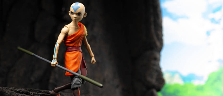 In-Hand: Avatar The Last Airbender Figures by Diamond Select Toys