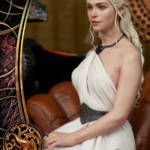 Game of Thrones Daenerys Statue 038