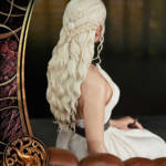 Game of Thrones Daenerys Statue 043