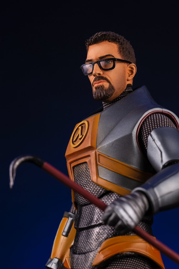 Pre Orders Coming Soon For The Half Life 2 Gordon Freeman