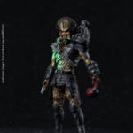 Hiya Battle Damaged Jungle Hunter Predator 001