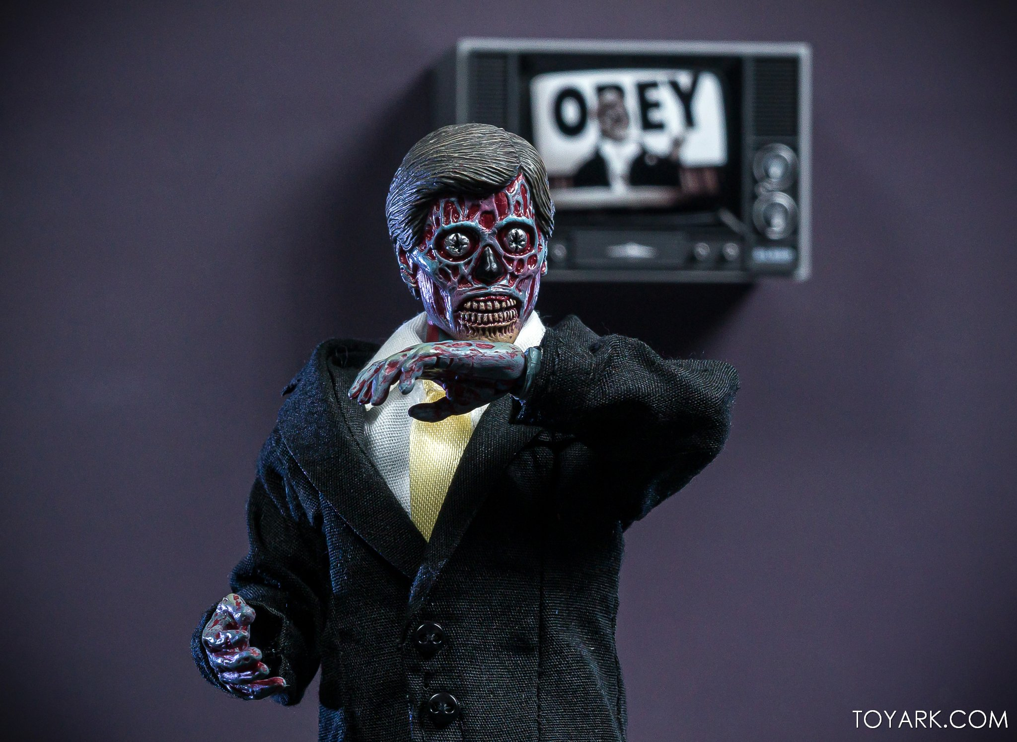 https://news.toyark.com/wp-content/uploads/sites/4/2019/11/NECA-They-Live-Ghouls-022.jpg