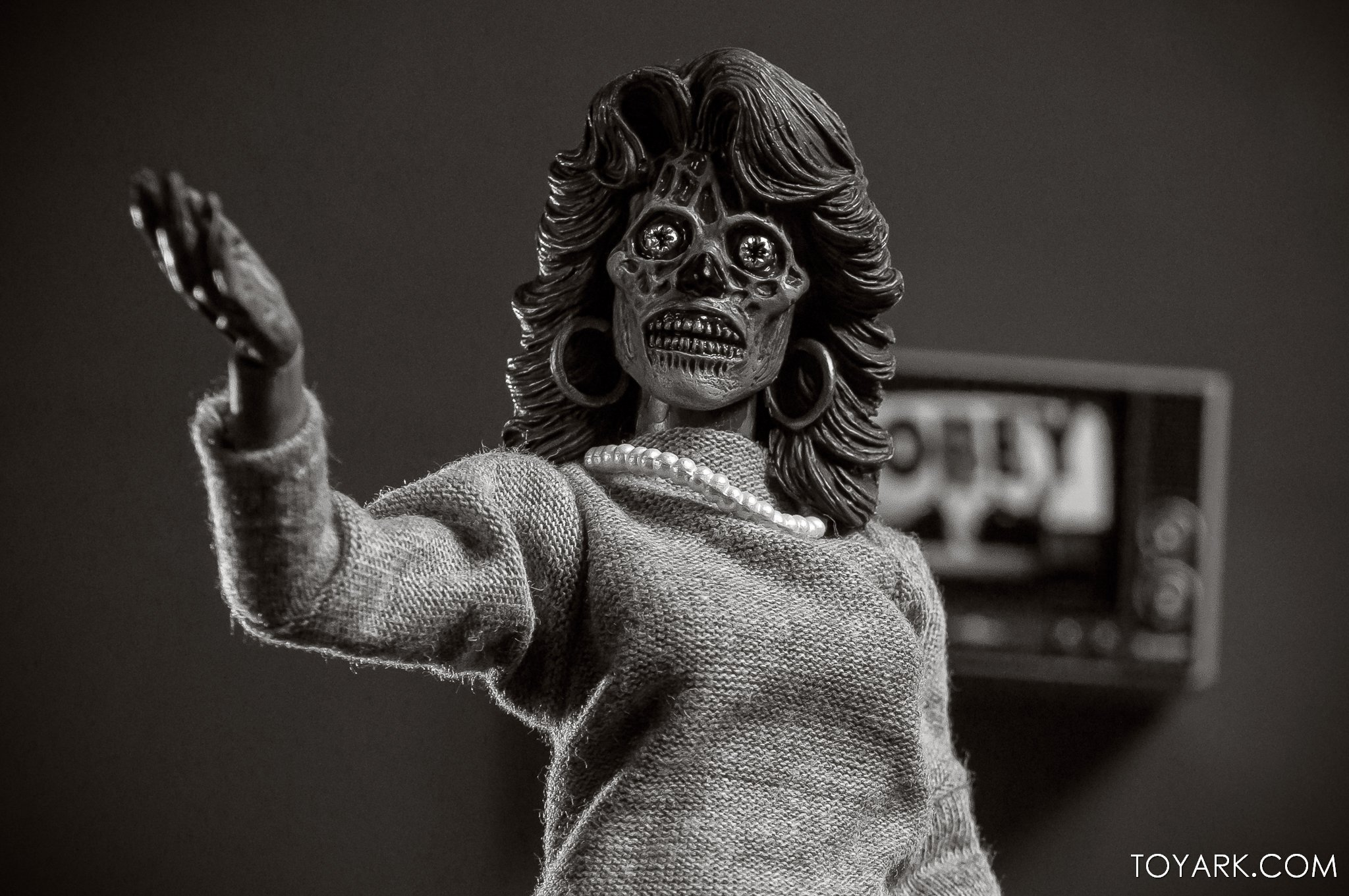 https://news.toyark.com/wp-content/uploads/sites/4/2019/11/NECA-They-Live-Ghouls-045.jpg