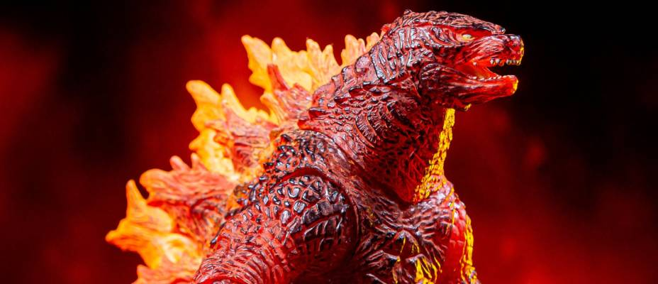 Godzilla: King of the Monsters - Burning Godzilla by NECA - Toyark Photo Shoot