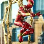 Hot Toys Iron Spider 02