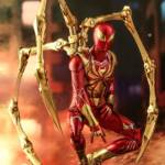 Hot Toys Iron Spider 03