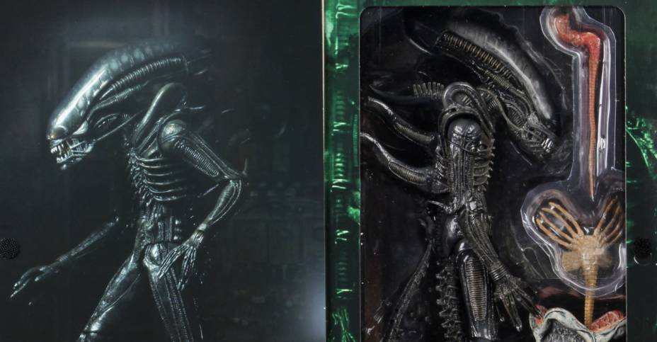 Ultimate Big Chap Alien Packaging 004