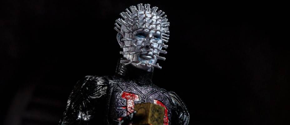 Exclusive First Look at NECA's Hellraiser Ultimate Pinhead Figure - Toyark Photo Shoot