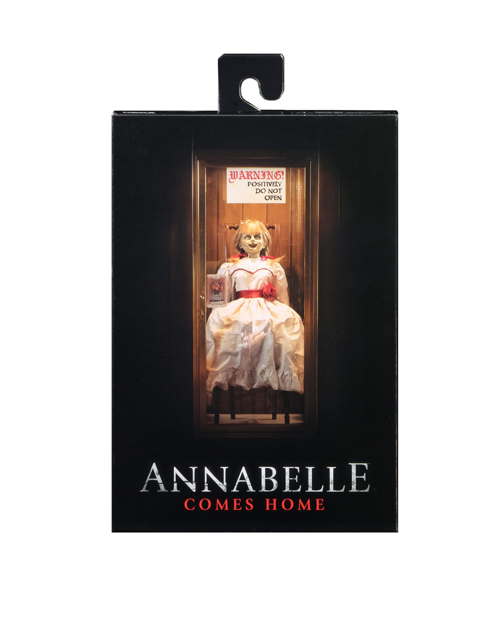 Annabelle Ultimate Figure Packaging 001