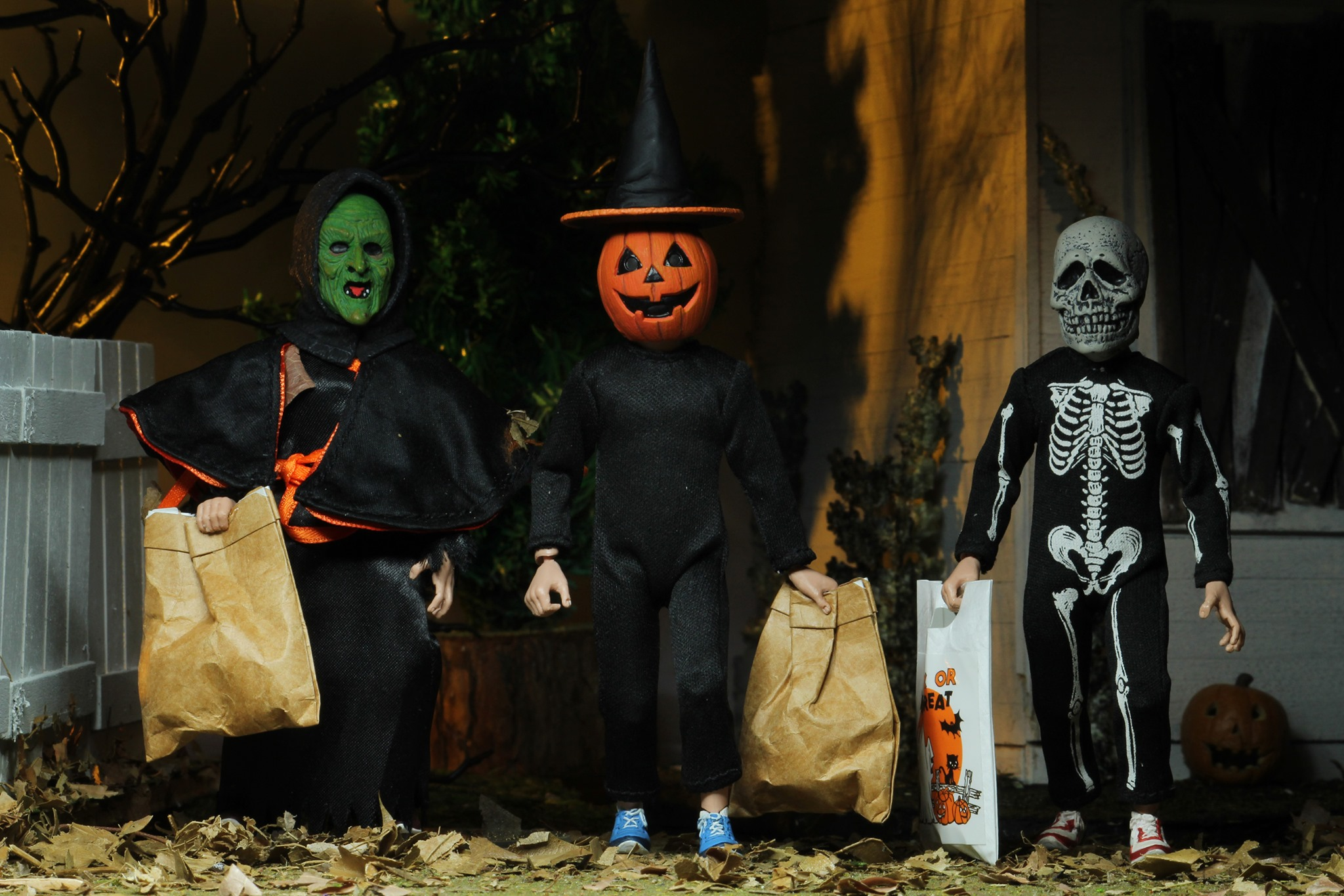 Halloween 2020 Season Of The Witch Masks NECA Halloween 3 Season of the Witch 3 Pack Official Images   The
