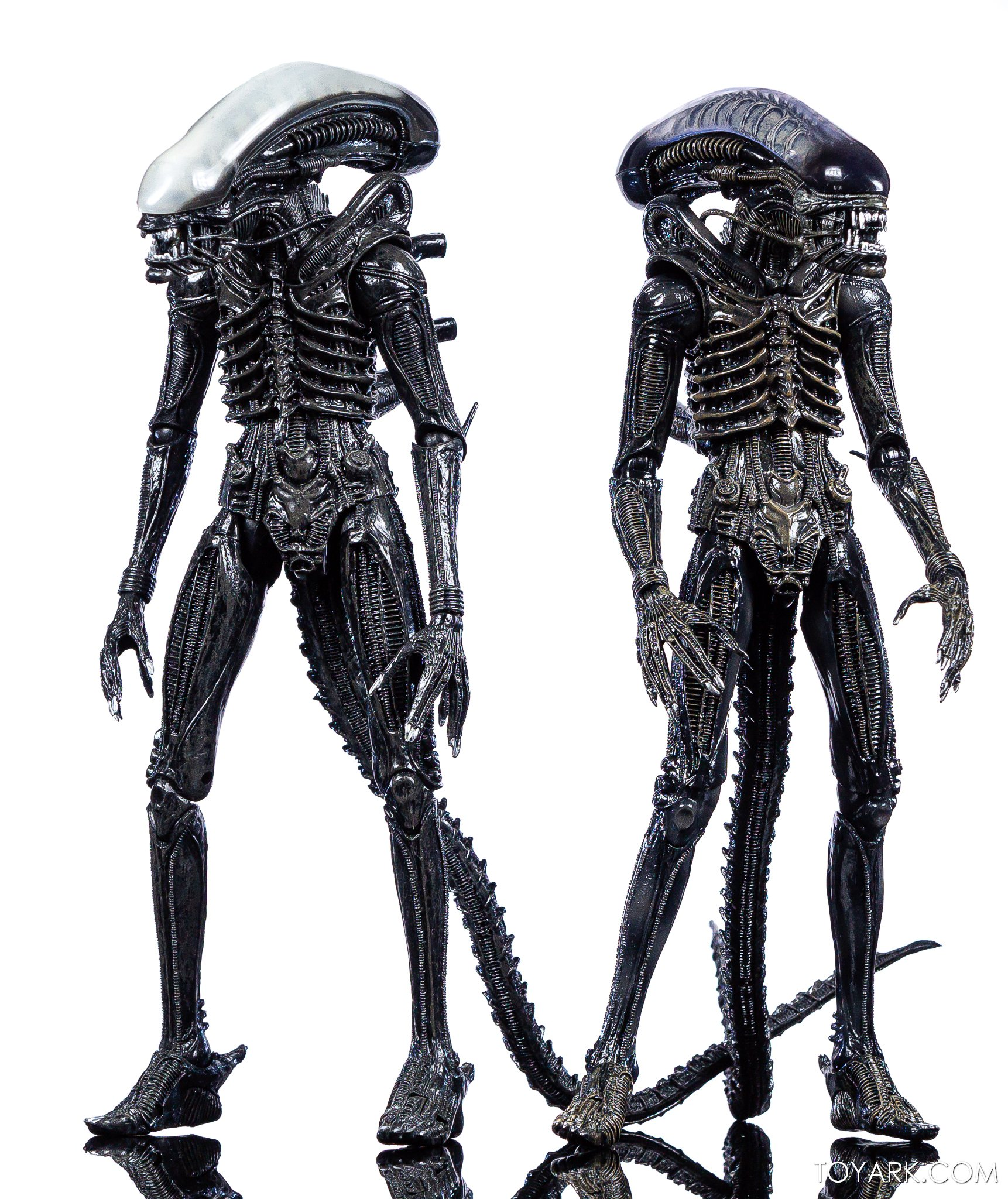 https://news.toyark.com/wp-content/uploads/sites/4/2020/01/NECA-Big-Chap-Alien-Ultimate-032.jpg