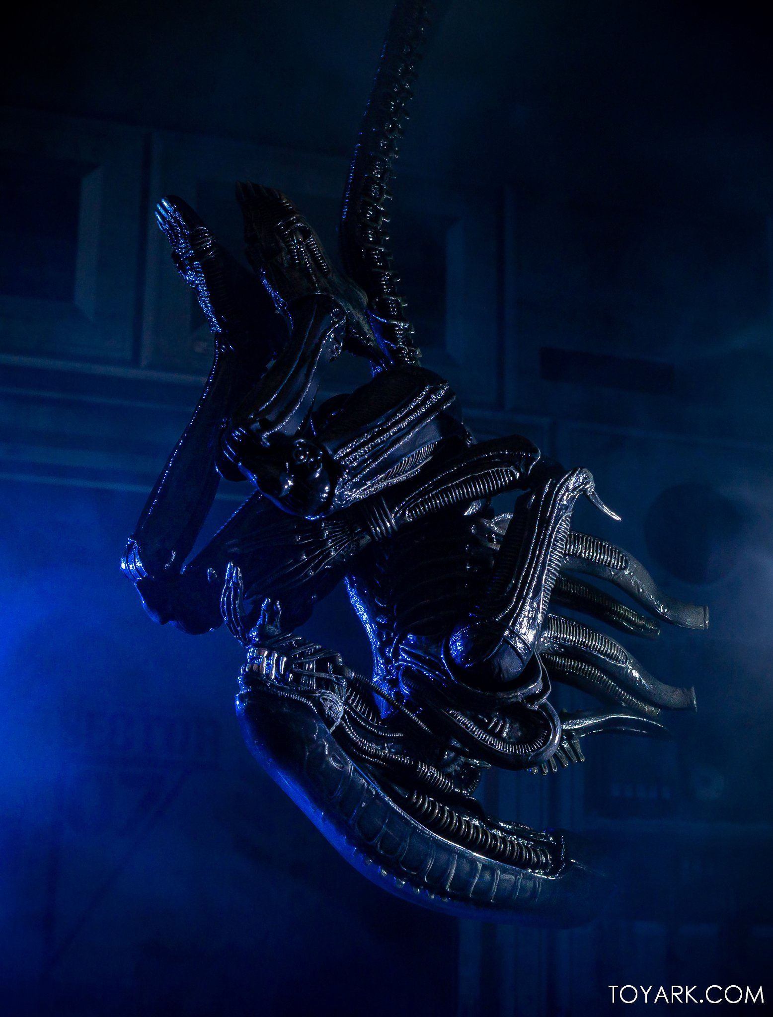 https://news.toyark.com/wp-content/uploads/sites/4/2020/01/NECA-Big-Chap-Alien-Ultimate-051.jpg