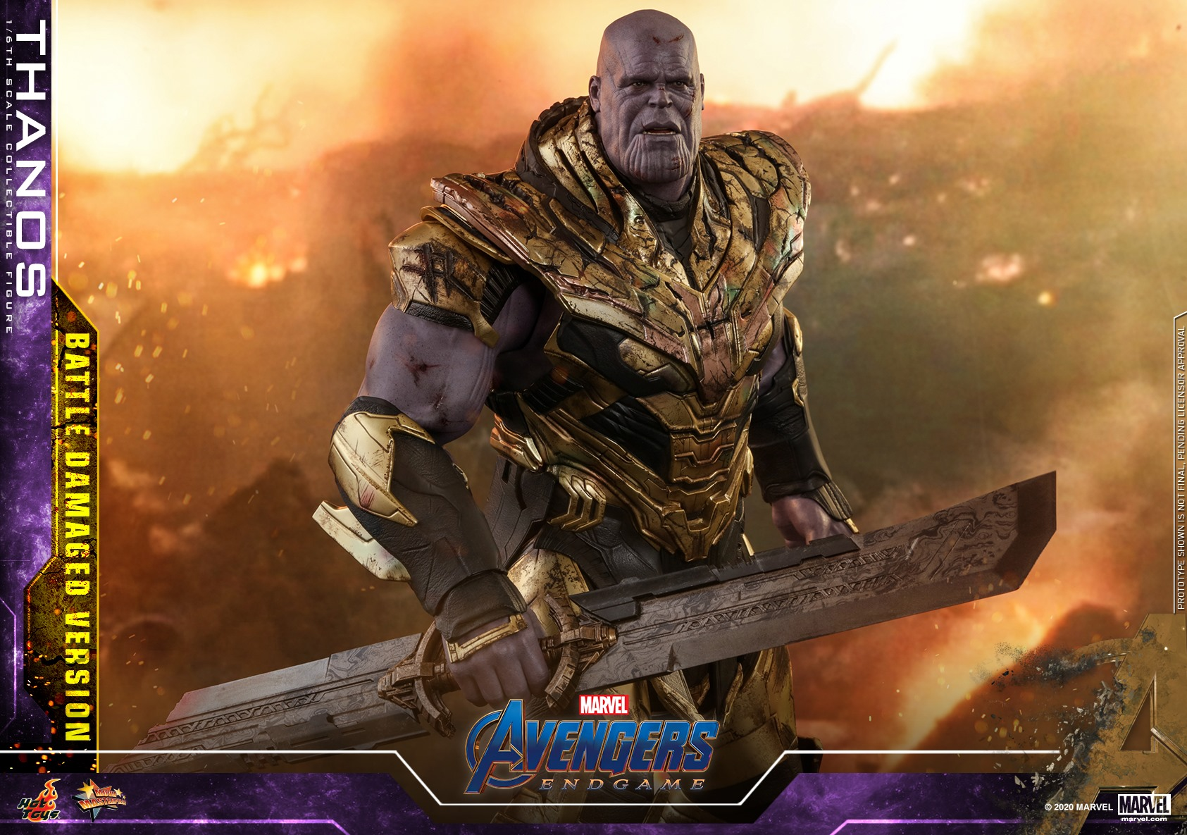 Hot Toys Damaged Thanos 010