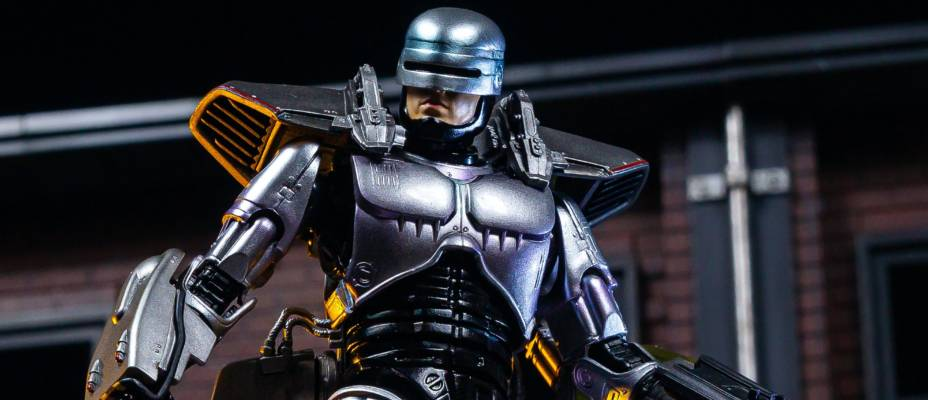 MAFEX Robocop 3 Figure - Toyark Photo Shoot