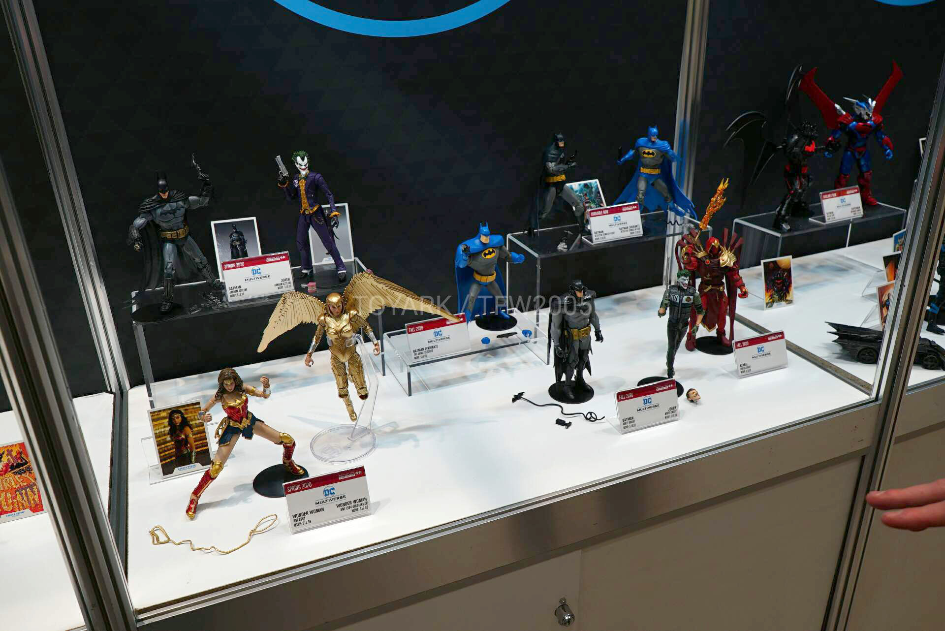 Toy-Fair-2020-McFarlane-DC-032.jpg