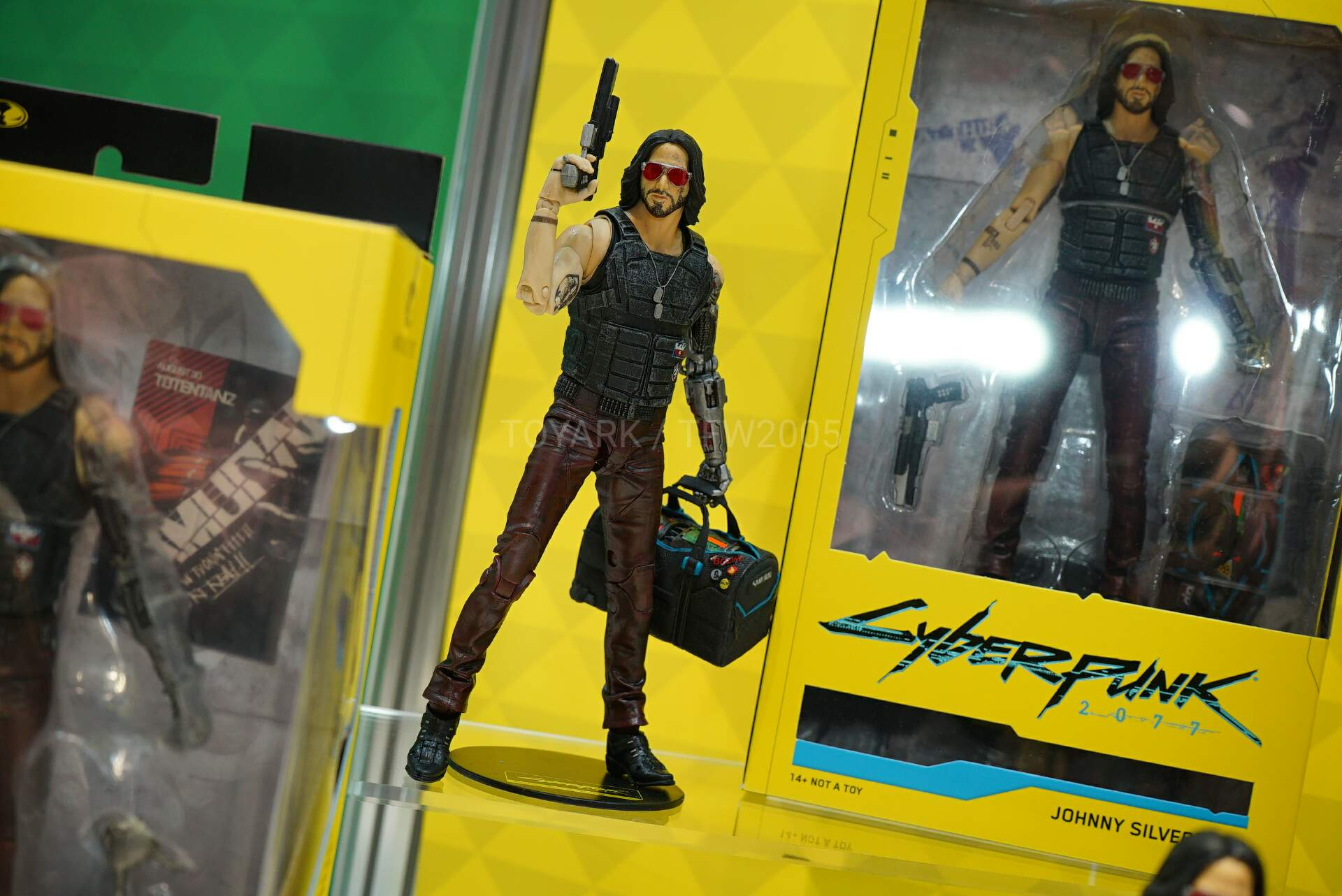 Toy-Fair-2020-McFarlane-Game-014.jpg