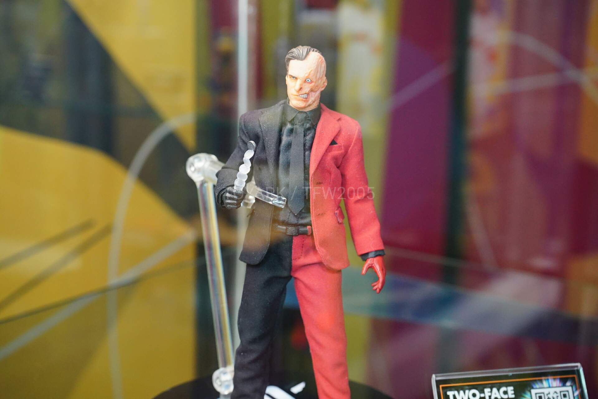 Toy-Fair-2020-Mezco-One12-022.jpg