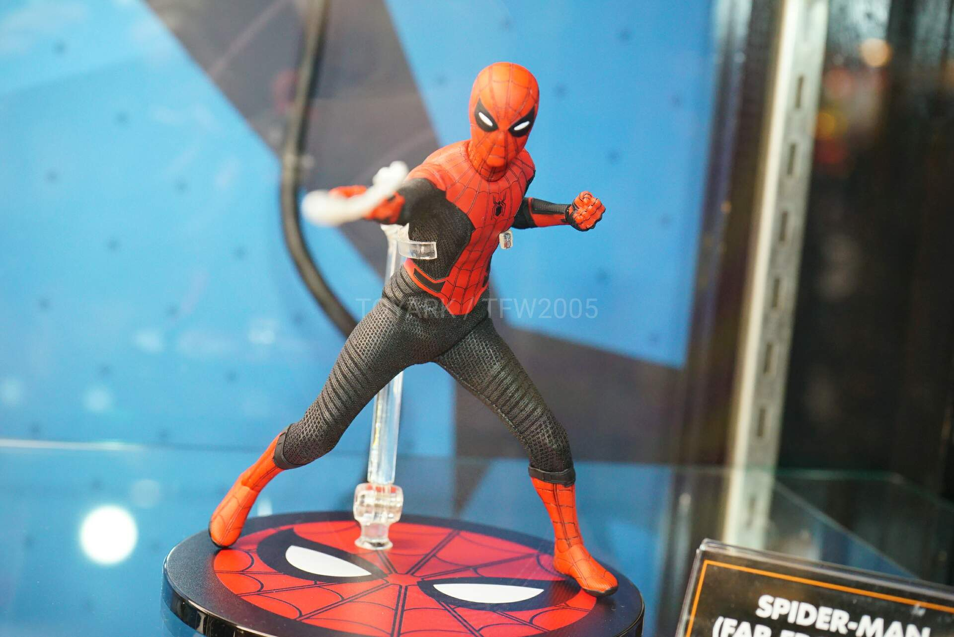 Toy-Fair-2020-Mezco-One12-025.jpg