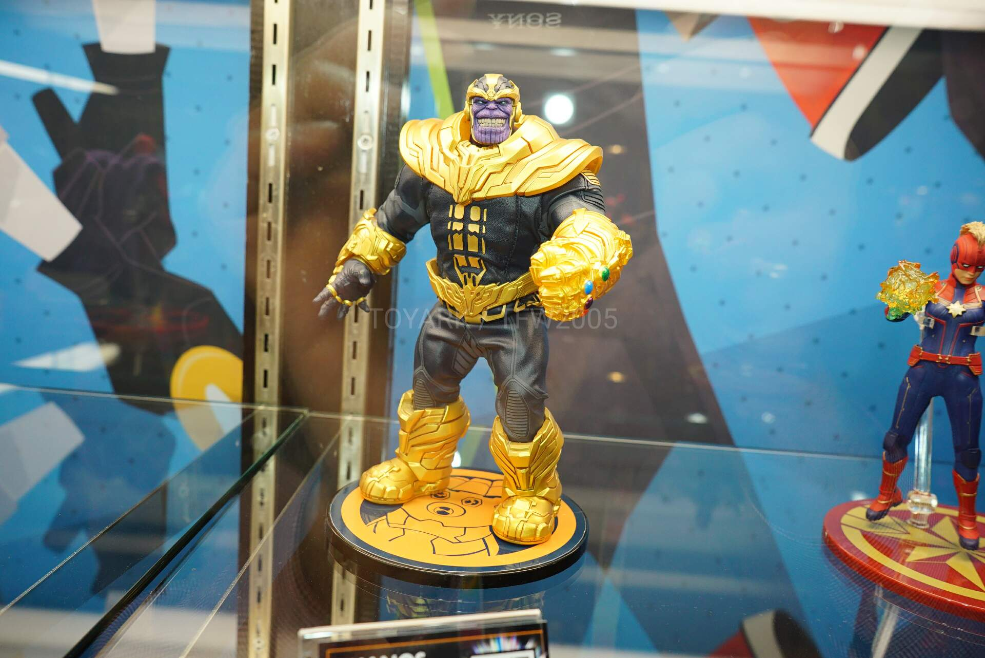 Toy-Fair-2020-Mezco-One12-030.jpg