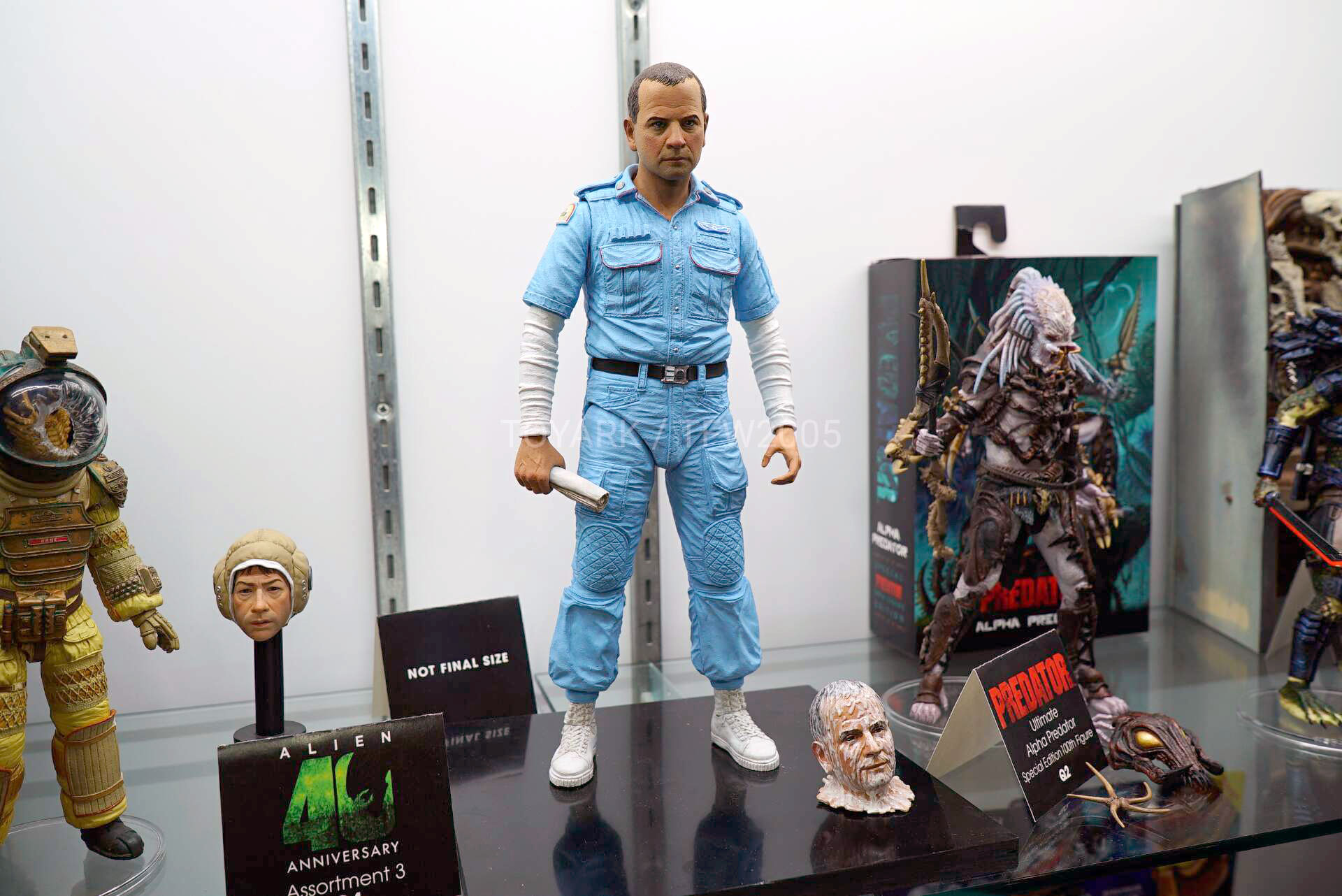 Toy-Fair-2020-NECA-Alien-and-Predator-007.jpg