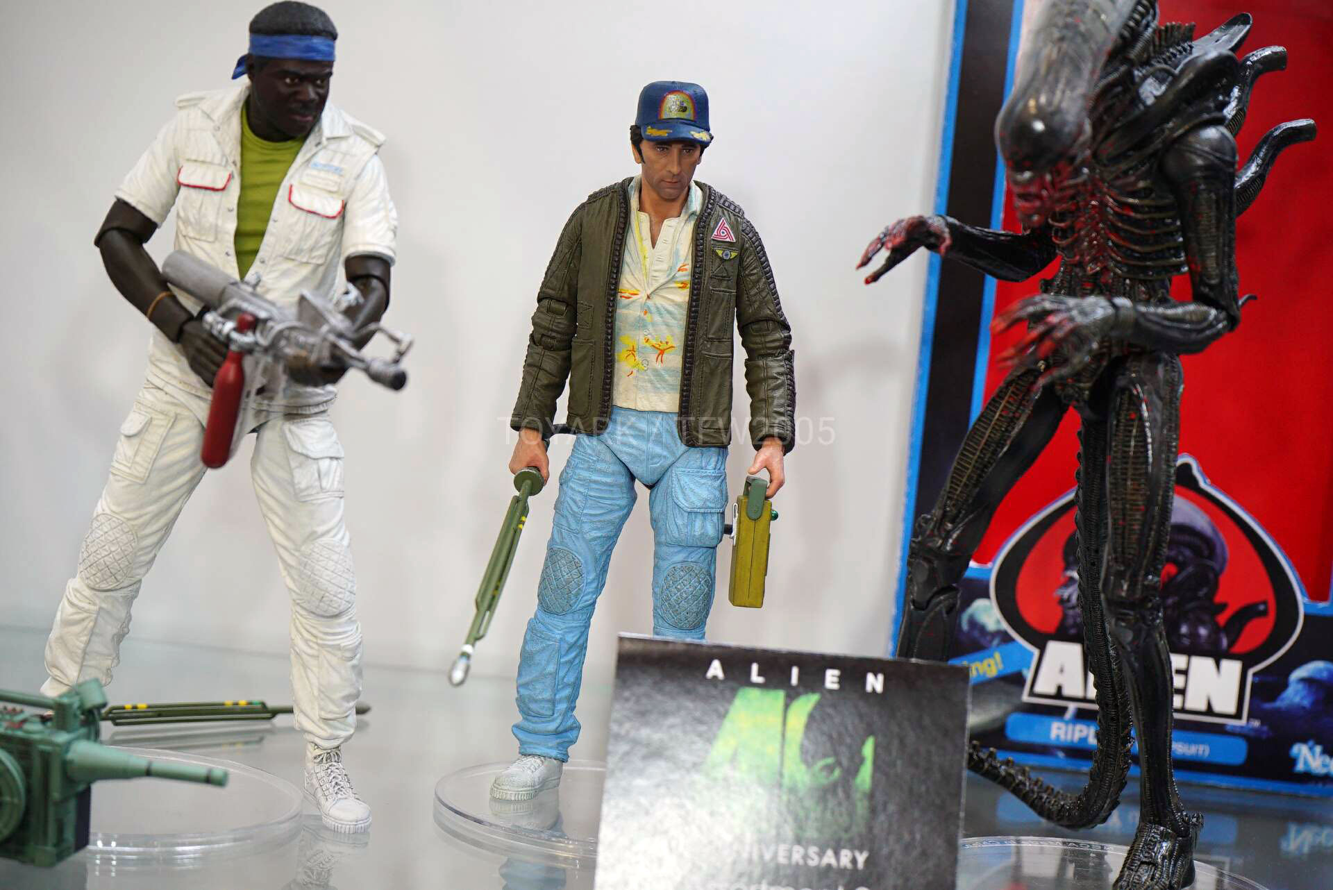 Toy-Fair-2020-NECA-Alien-and-Predator-018.jpg