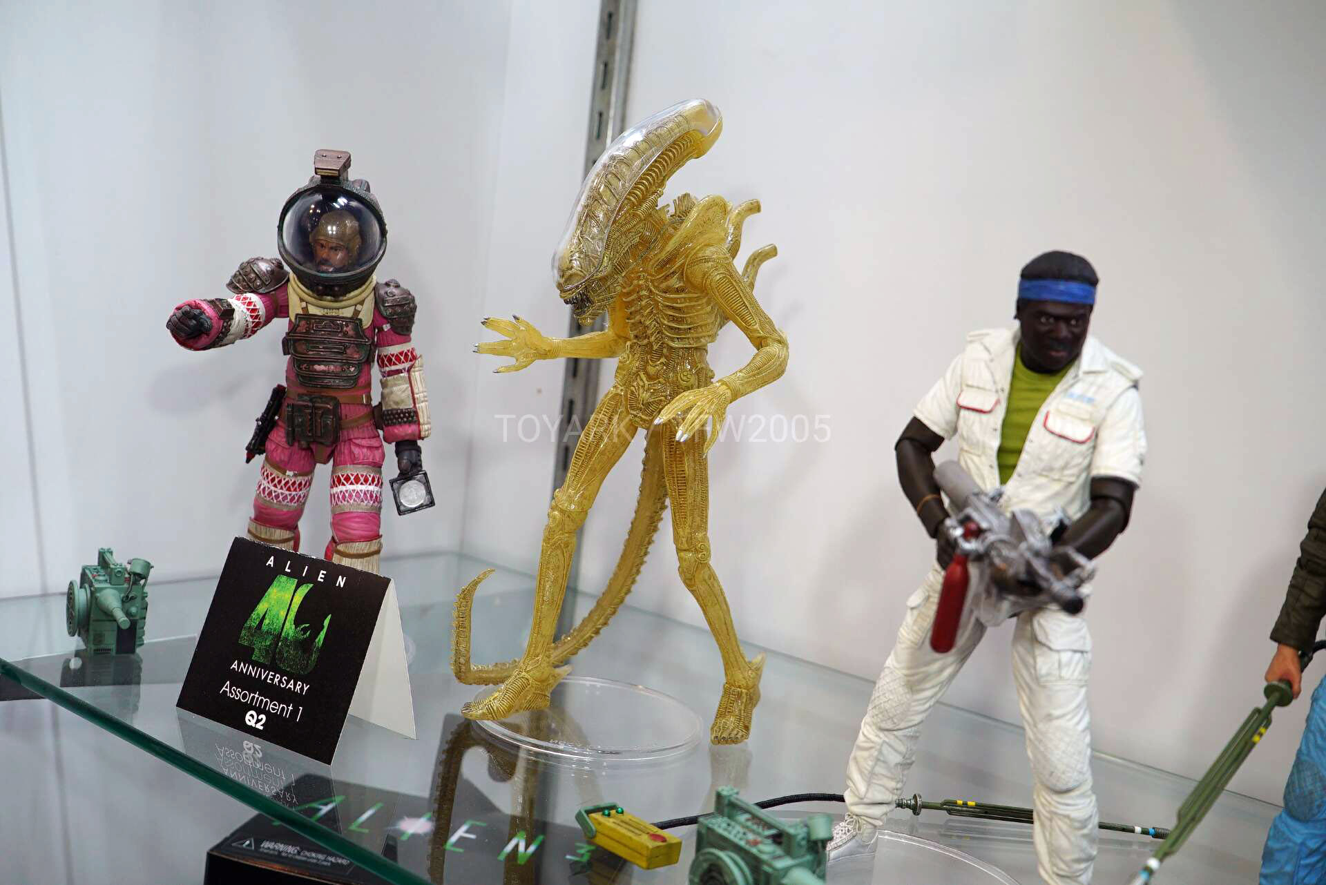Toy-Fair-2020-NECA-Alien-and-Predator-020.jpg