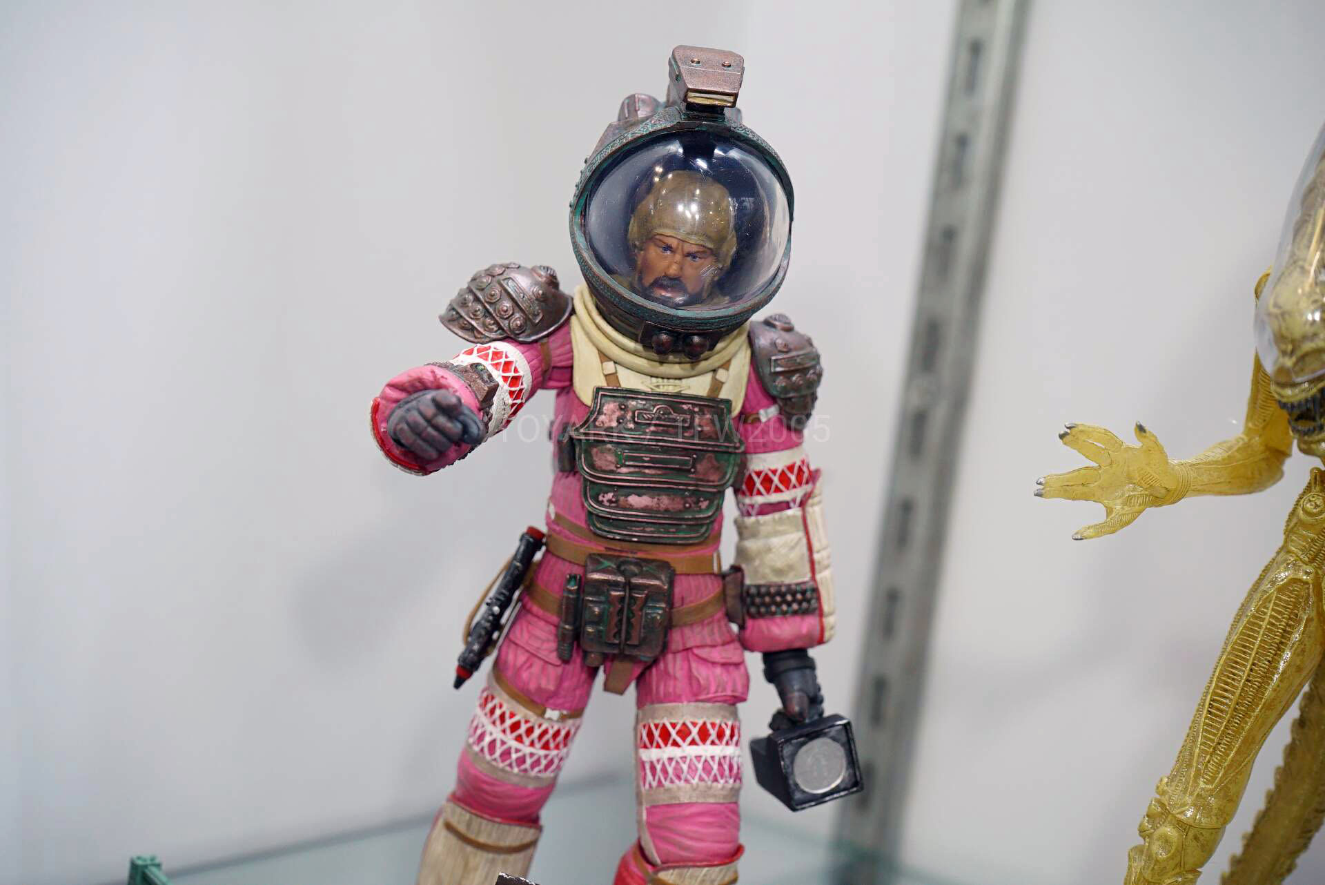 Toy-Fair-2020-NECA-Alien-and-Predator-021.jpg