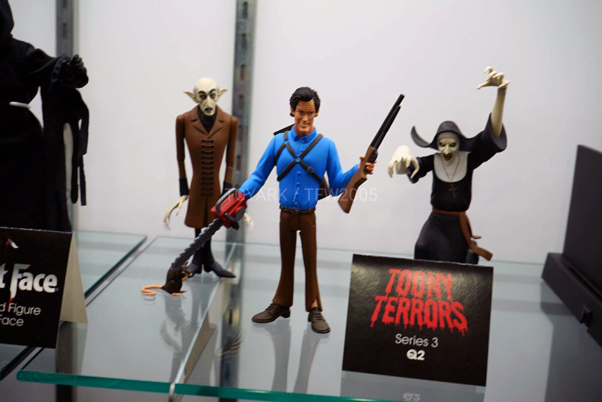 Toy-Fair-2020-NECA-Horror-Sci-Fi-016.jpg