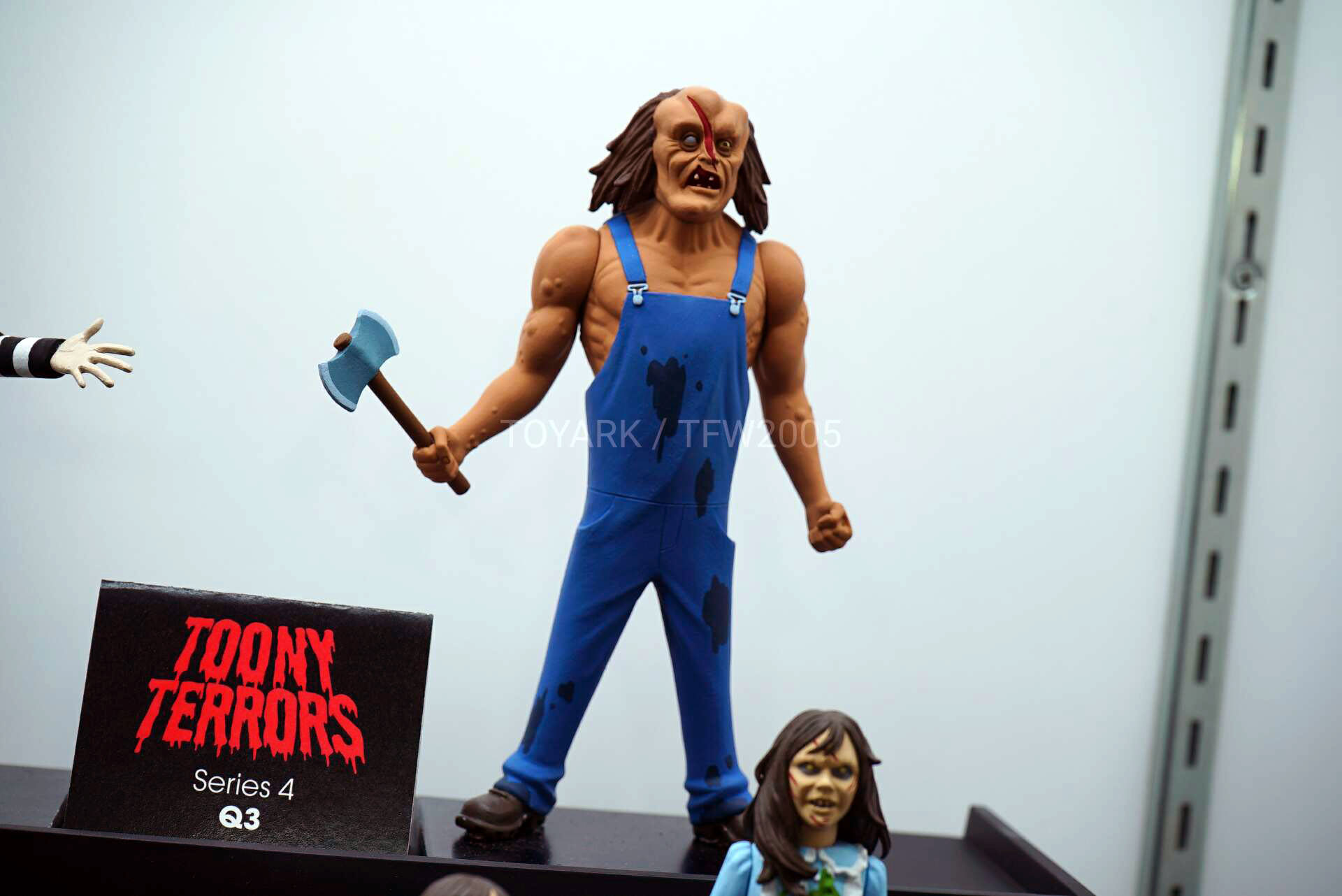 Toy-Fair-2020-NECA-Horror-Sci-Fi-020.jpg