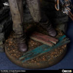 Gecco Dead by Daylight Hillbilly Statue 020