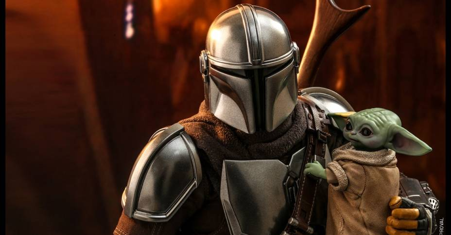 Hot Toys Mandalorian and The Child 002