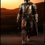 Hot Toys Mandalorian and The Child 007
